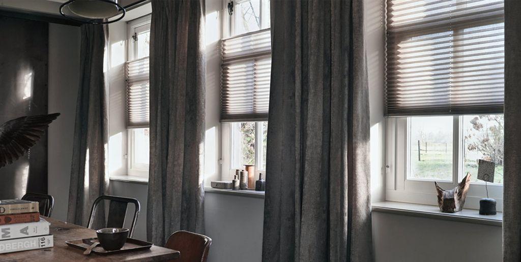 duette keuken licht plisse bruin met overgordijn bruin